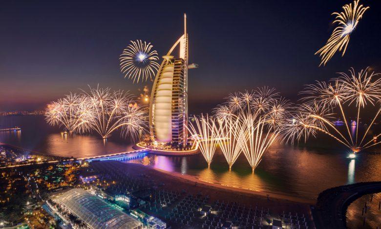 كيف يمكنكم مشاهدة إحتفالات وسط دبي براس السنة 2021 في الأنترنيت ؟