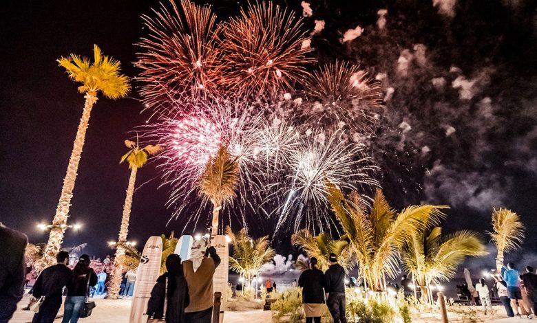 عروض الألعاب النارية ضمن مهرجان دبي للتسوق 2021