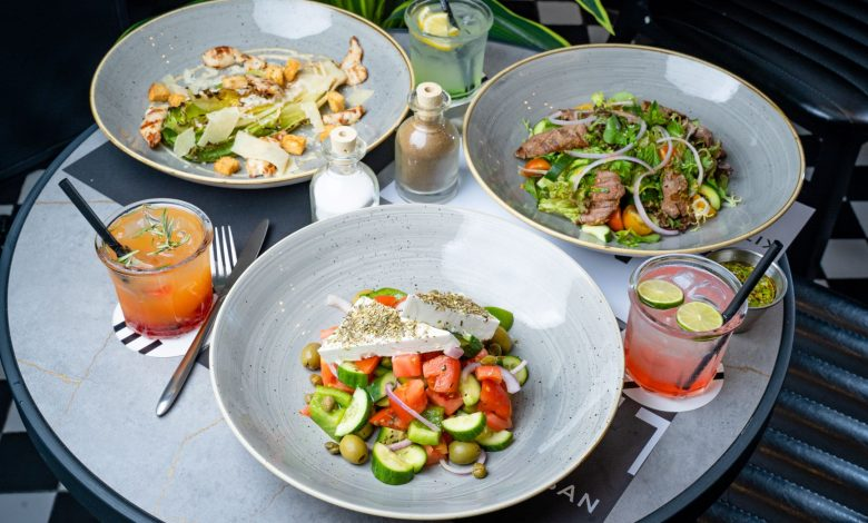 مطعم إيتن إربن كيتشن يوفر غداء عمل لذيذ بأسعار جد مناسبة