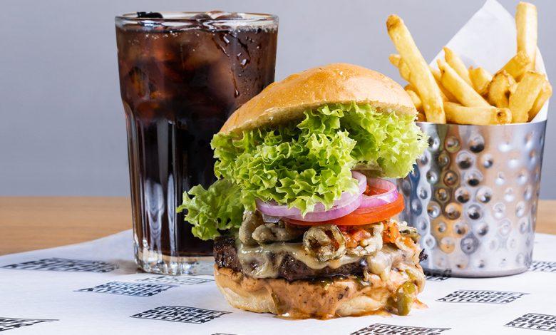 مطعم جورميه برجر كتشن الإمارات يطلق قائمة برجر جديدة