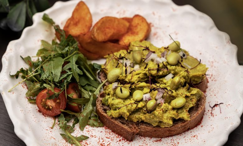 مطعم فارزي كافيه يطلق قائمة فطور جديدةً بالكامل