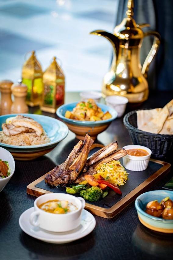 مطعم أكواريوم أبوظبي
