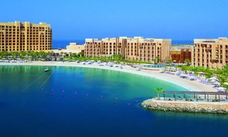 منتجع وسبا دبل تري من هيلتون جزيرة المرجان يحصل على جائزة اختيار المسافرين لعام 2021