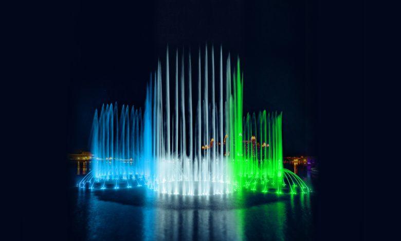 نافورة النخلة تحتفل بيوم استقلال أوزباكستان في ذي بوينت