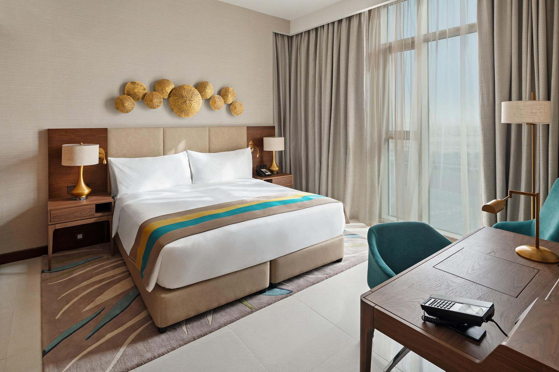 فندق هوليداي إن مطار آل مكتوم